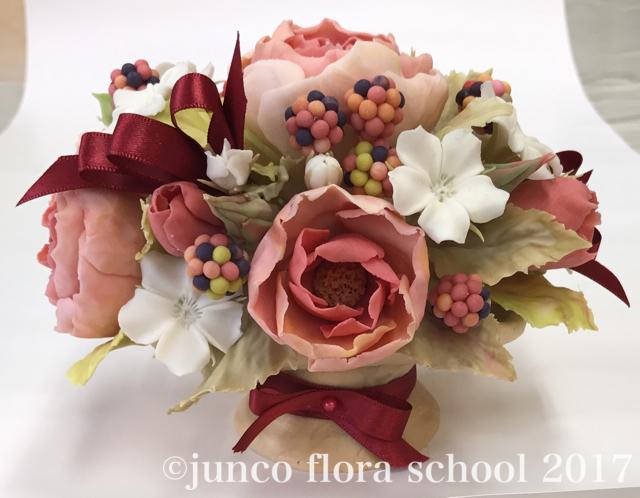 ミディアムローズ・ワイルドミニローズの盛り花